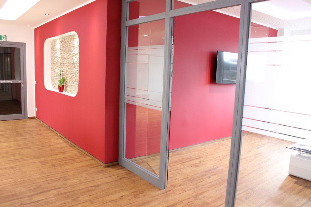 offene Gestaltung eines Wartezimmers